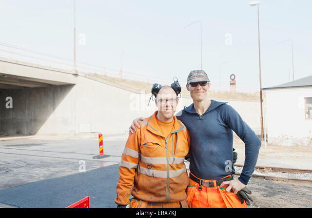 Road Workers Stock Photos & Road Workers Stock Images - Alamy