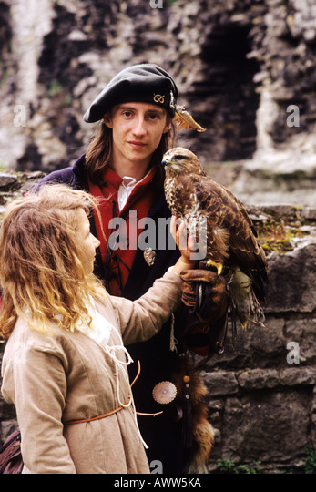 medieval falconry In medieval europe, falconry was perhaps the most popular form of hunting among the aristocracy owning a falcon, and the necessary falconer to go with it, was .