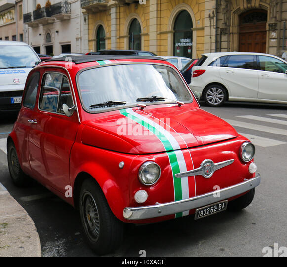 fiat 500 italy related keywords fiat 500 italy long tail keywords keywordsking. Black Bedroom Furniture Sets. Home Design Ideas