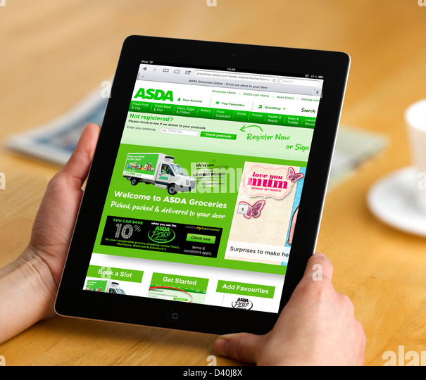 Food Shopping Online On The Asda Website With A 4th Generation Apple Ipad Stock Image