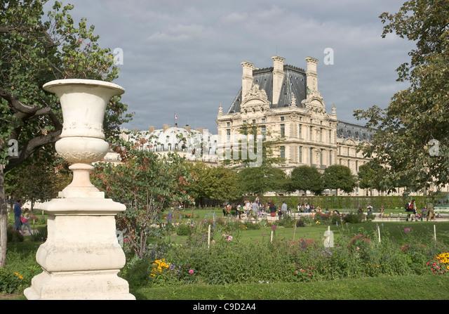 Palais des tuileries stock photos palais des tuileries - Pavillon de jardin ...
