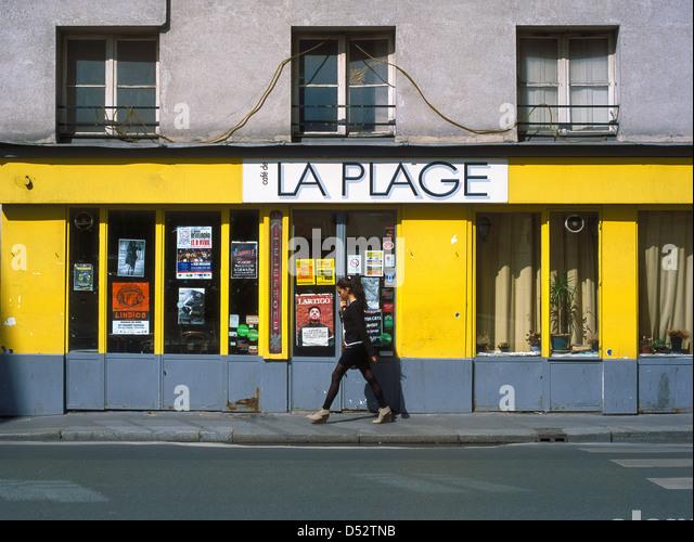 Caf Ef Bf Bd De La Plage  Rue Charonne