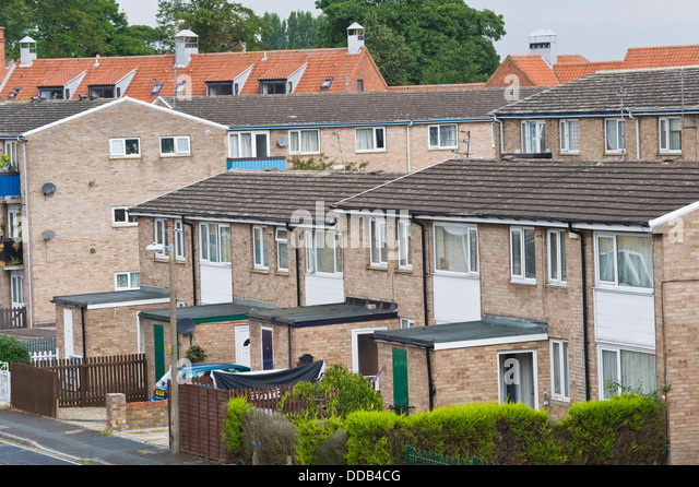 Housing estate uk stock photos housing estate uk stock for Modern house yorkshire
