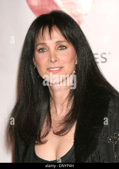 Connie Sellecca actress