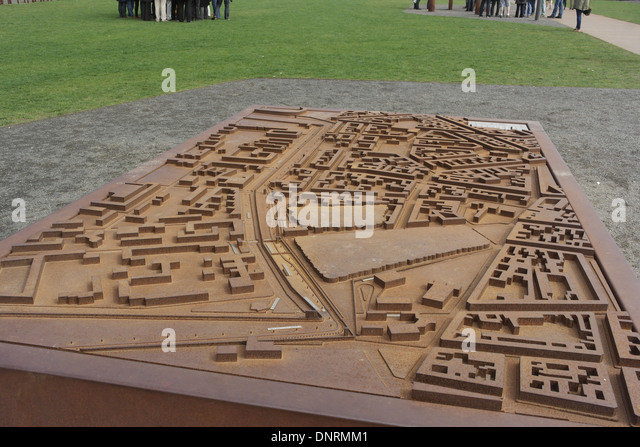 map of berlin wall.html with Map Berlin Wall on Map Berlin Wall as well My visit to the berlin wall further History Of Berlin Wall moreover Old Photos Of Life Around Berlin Wall further Map Berlin Wall.