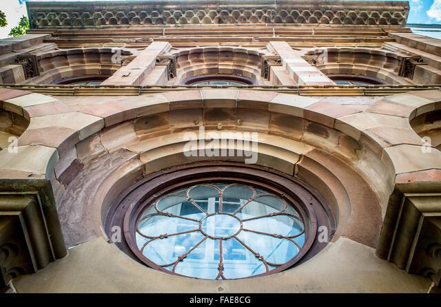 Symmetrical building no people stock photos symmetrical for Porte hq surrey