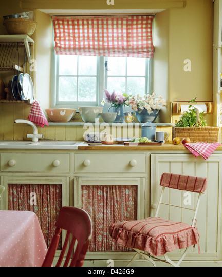 White Curtains Cottage Kitchen Stock Photos & White Curtains Cottage Kitchen Stock Images