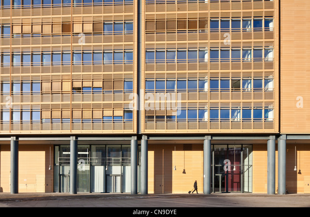 Berliner Platz 2 L Sungen berlin mitte stock photos berlin mitte stock images alamy