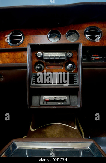 interior rolls royce stock photos interior rolls royce stock images alamy. Black Bedroom Furniture Sets. Home Design Ideas