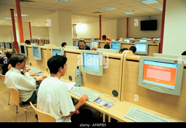 Easyeverything Internet Cafe