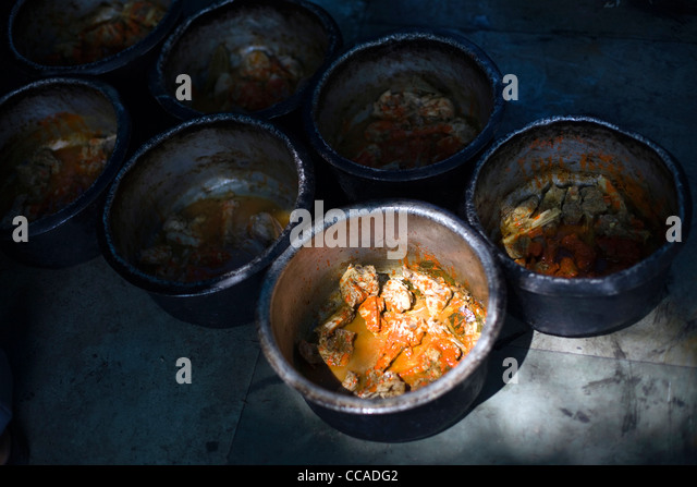 Indian Cooking Pots Stock Photos Indian Cooking Pots Stock Images Alamy