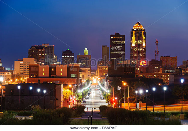 Des Moines Iowa Skyline Stock Photos Des Moines Iowa Skyline Stock Images Alamy