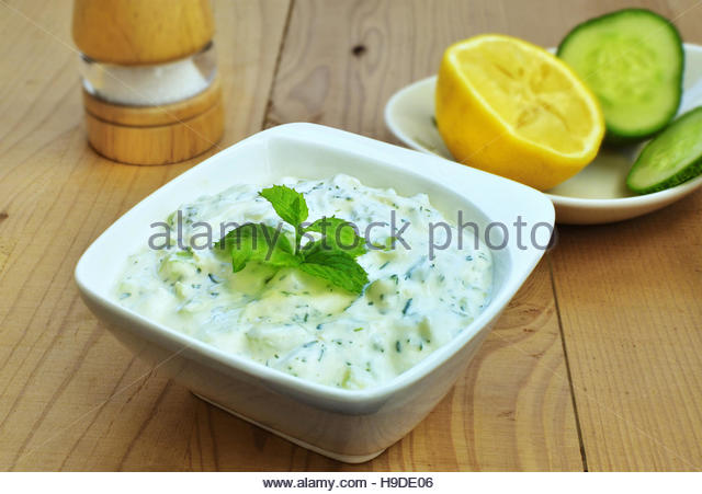 Tzatziki Dip Stock Photos & Tzatziki Dip Stock Images - Alamy