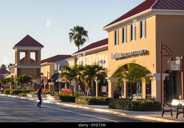 Vero Beach Fashion Outlets is in Florida, city Vero Beach. Vero Beach Fashion Outlets is situated on adress 94th Drive, Vero Beach, FL Find a brand name outlet store nearest you by location or brand/5(35).