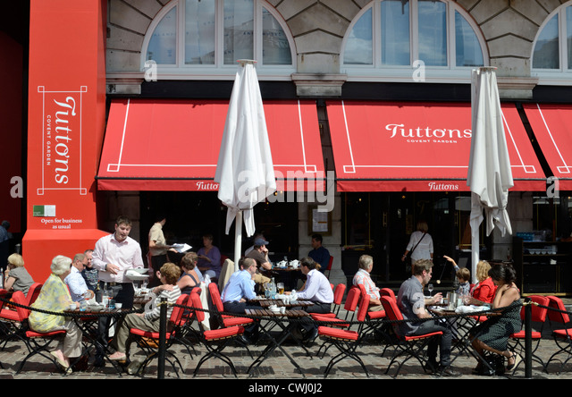 Tuttons Restaurant In Covent Garden Piazza London England