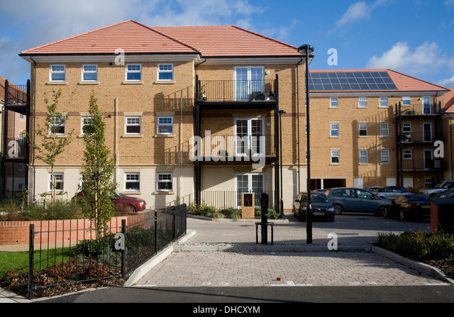 Photovoltaic parking stock photos photovoltaic parking for Cheap efficient homes