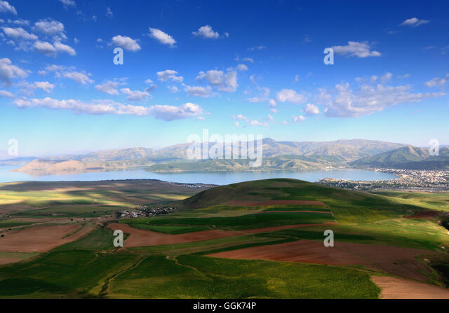 a background of the inhabited region of anatolia The earliest civilizations in history were established in the region known as mesopotamia the city culture arose in syria and anatolia in addition to being one of the oldest continuously inhabited cities in the world.