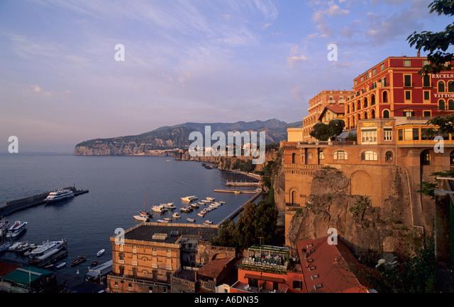 Hotels In Sorrento Bc