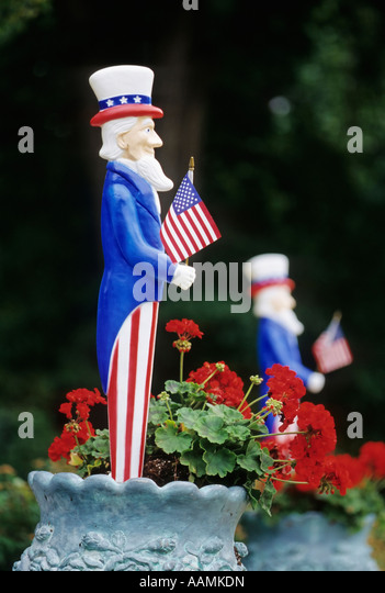 Lawn Ornament Stock Photos Amp Lawn Ornament Stock Images
