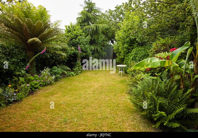 Suburban Garden Shed Stock Photos & Suburban Garden Shed Stock ...