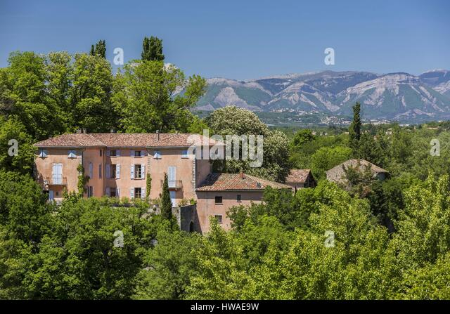 Typical house provence stock photos typical house for Alpes archi