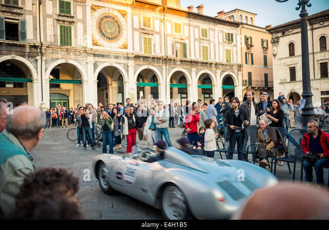 porsche 550 spyder from rs with jacky ickx on the steering at mille miglia classic - Porsche Spyder 550 2014