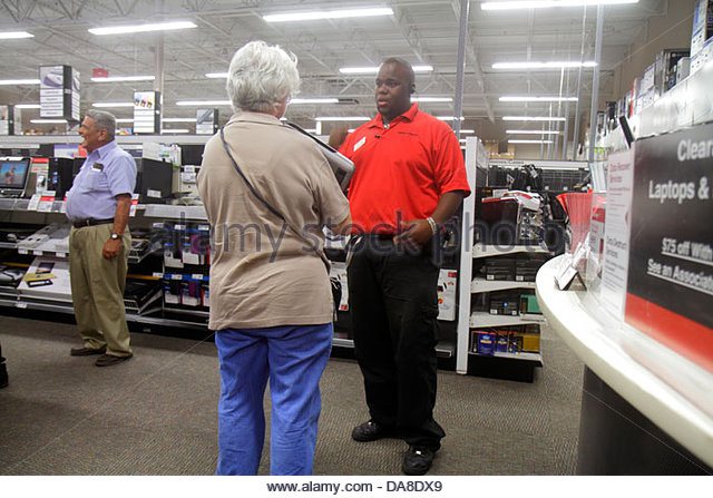 helping old lady shopping stock photos & helping old lady shopping