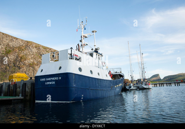 Boat Fair Isle Stock Photos & Boat Fair Isle Stock Images - Alamy