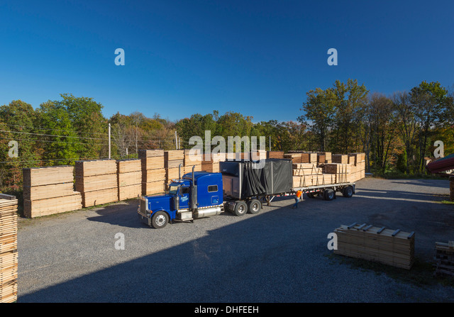 Palettes delivery stock photos