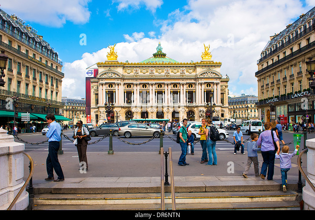 paris and opera house stock photos paris and opera house stock images alamy. Black Bedroom Furniture Sets. Home Design Ideas