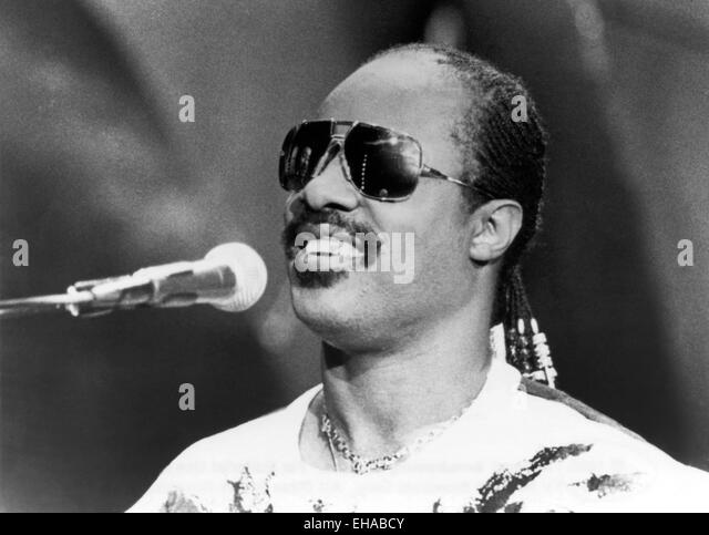 Stevie Wonder Stock Photos & Stevie Wonder Stock Images ...