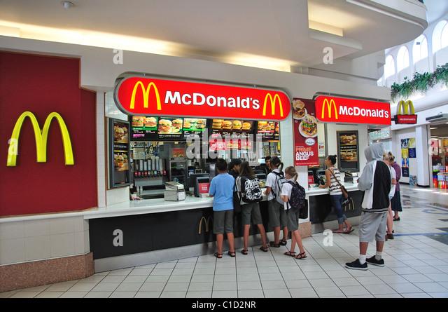 Roland S Food Court