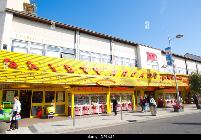 Clacton on Sea United Kingdom  city photo : ... Street, Clacton On Sea, Essex, England, United Kingdom Stock Image