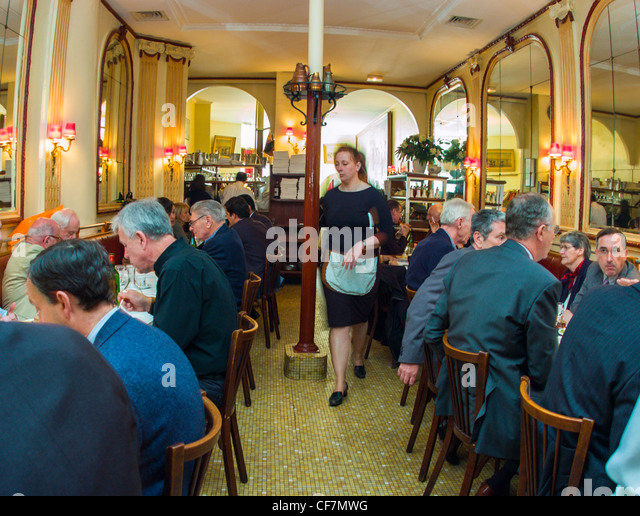 Classical French Restaurant Paris Lunch