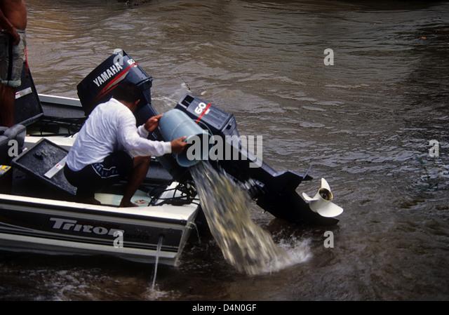 Anglers rain stock photos anglers rain stock images alamy for Bass fishing in the rain