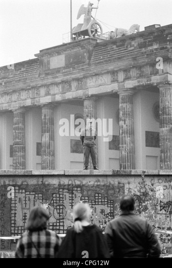 opening of the berlin wall