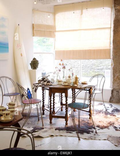 Venetian Style Apartment Kitchen Table White