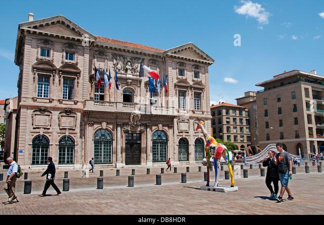 Vieux ville stock photos vieux ville stock images alamy - Piscine municipale montreal marseille ...