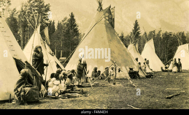 Native American Indian enc&ment Canada - Stock Image & Native american Tent Stock Photos u0026 Native american Tent Stock ...