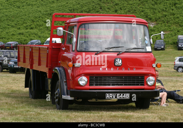 Vintage classic bedford truck stock photos vintage for Tj motors new london