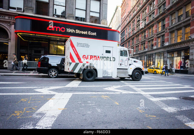 Armored Truck Stock Photos & Armored Truck Stock Images - Alamy