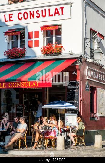 Image gallery le consulat montmartre streets for Restaurant le miroir montmartre