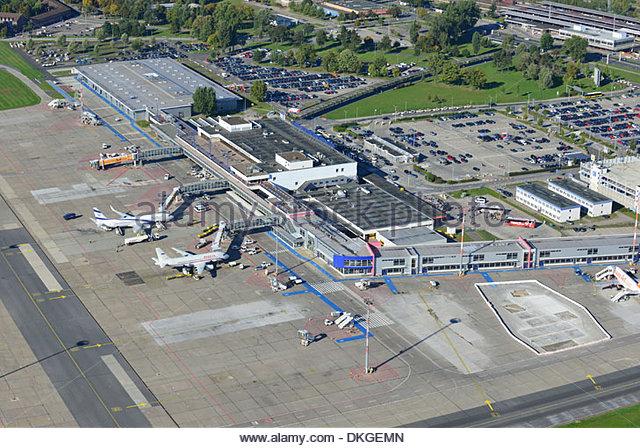 Passenger terminals and movements essay