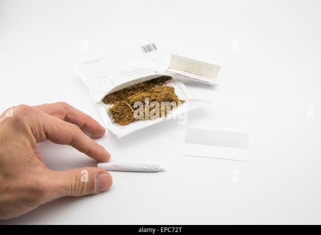 how to make cigarette tobacco moist