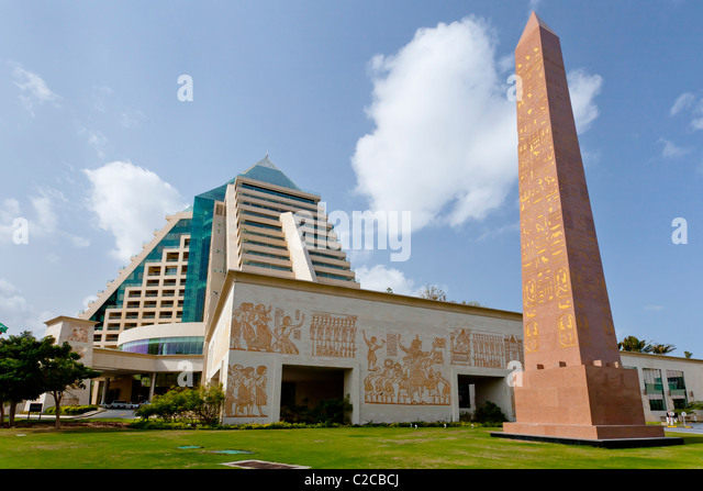 Pyramid shaped stock photos pyramid shaped stock images for D shaped hotel in dubai