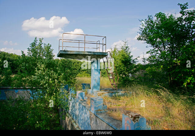 Diving platform stock photos diving platform stock for What to do with old swimming pool
