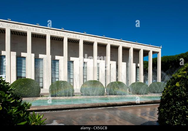Palazzo degli uffici salone delle fontane designed by for Uffici eur roma
