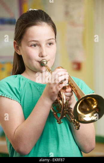 "playing trumpet lesson one music Trumpet lessons may be scheduled on a regular weekly basis or ""one at a time"" trumpet lessons are available these one at a time lessons are especially good for busy adult trumpet students who are unable to commit to regularly scheduled weekly music lessons."