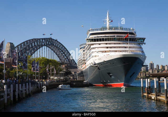 how to get to overseas passenger terminal sydney cove