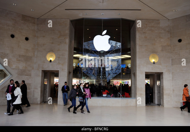Apple Store In Louvre Museum Paris Stock Photos Apple